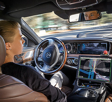 Les r volutions actuelles et venir de l automobile for Interieur de voiture de luxe