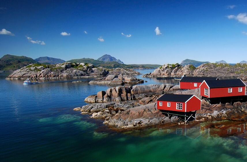 maison sur les bords de la norvege