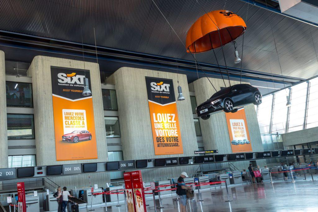 Publicité sixt aeroport de nice