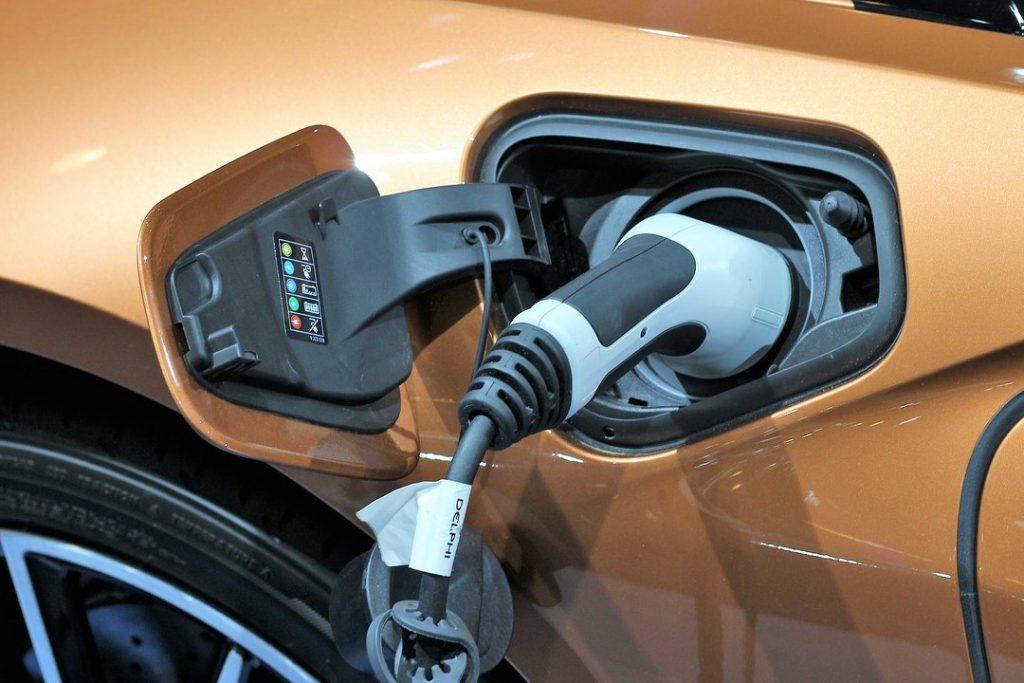astuce-charger-voiture-electrique