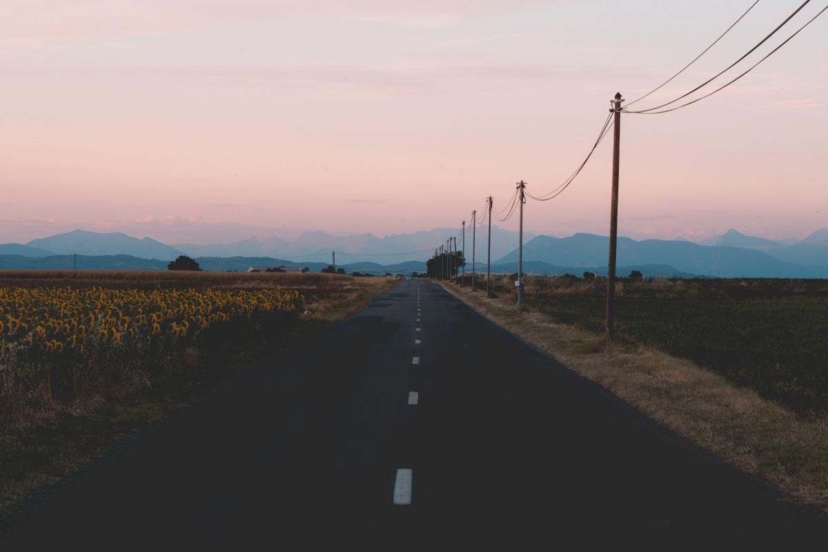 les-plus-beaux-endroits-de-provence-valensole-champs