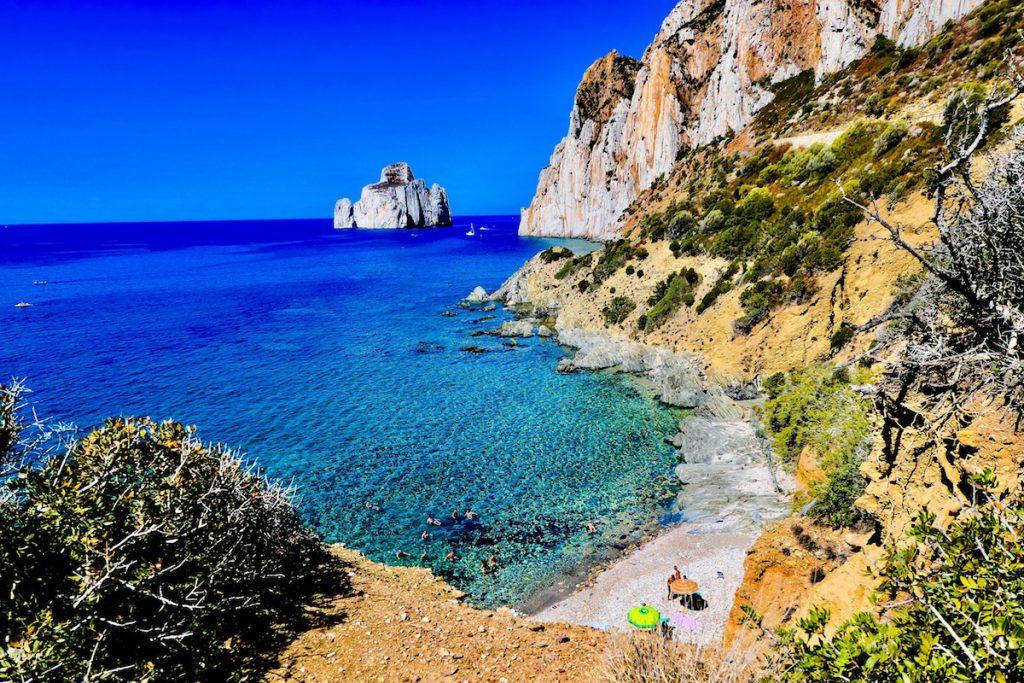 les-plus-belles-plages-de-sardaigne-guide-massimo-virgilio